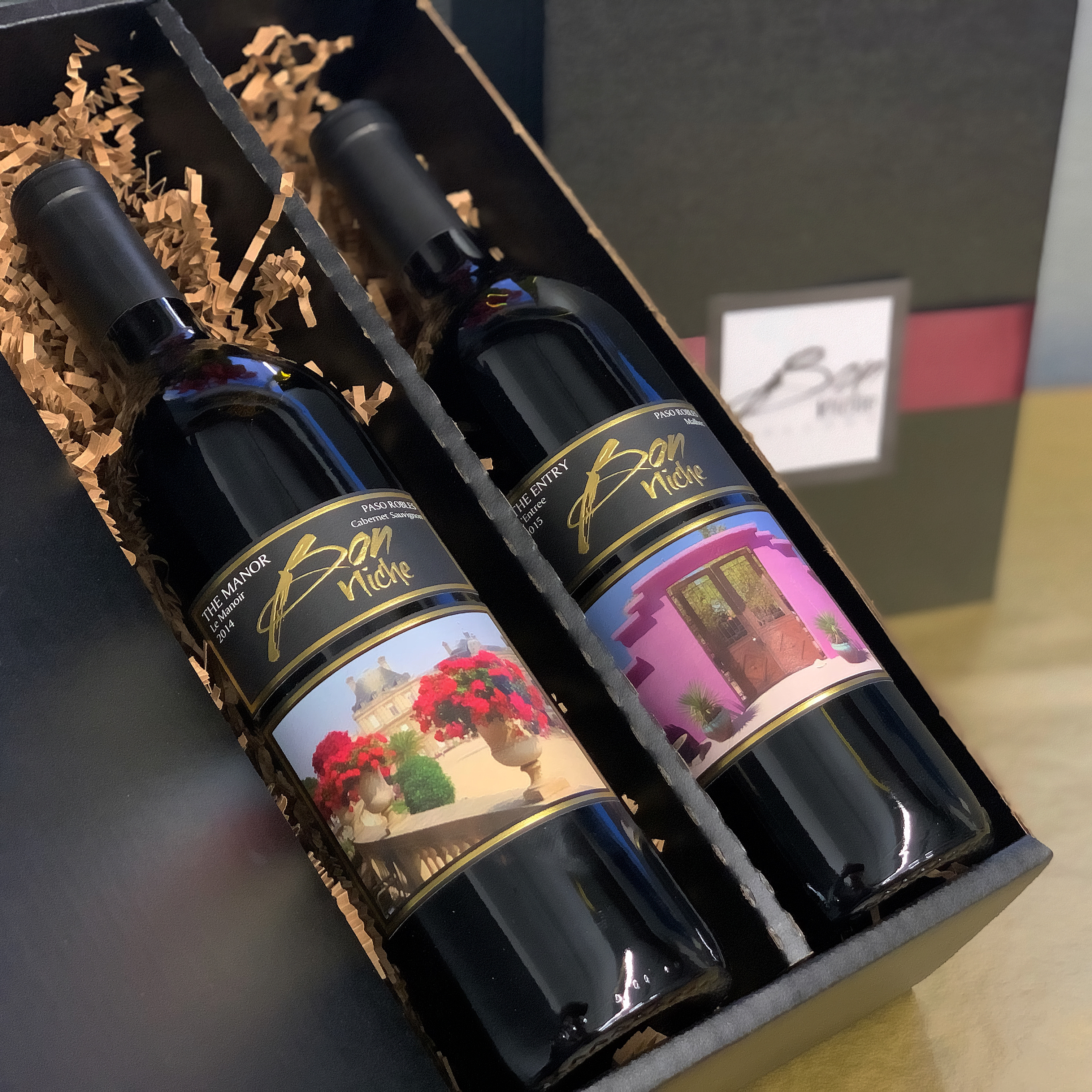 Holiday Reds Duo Gift Box bottle