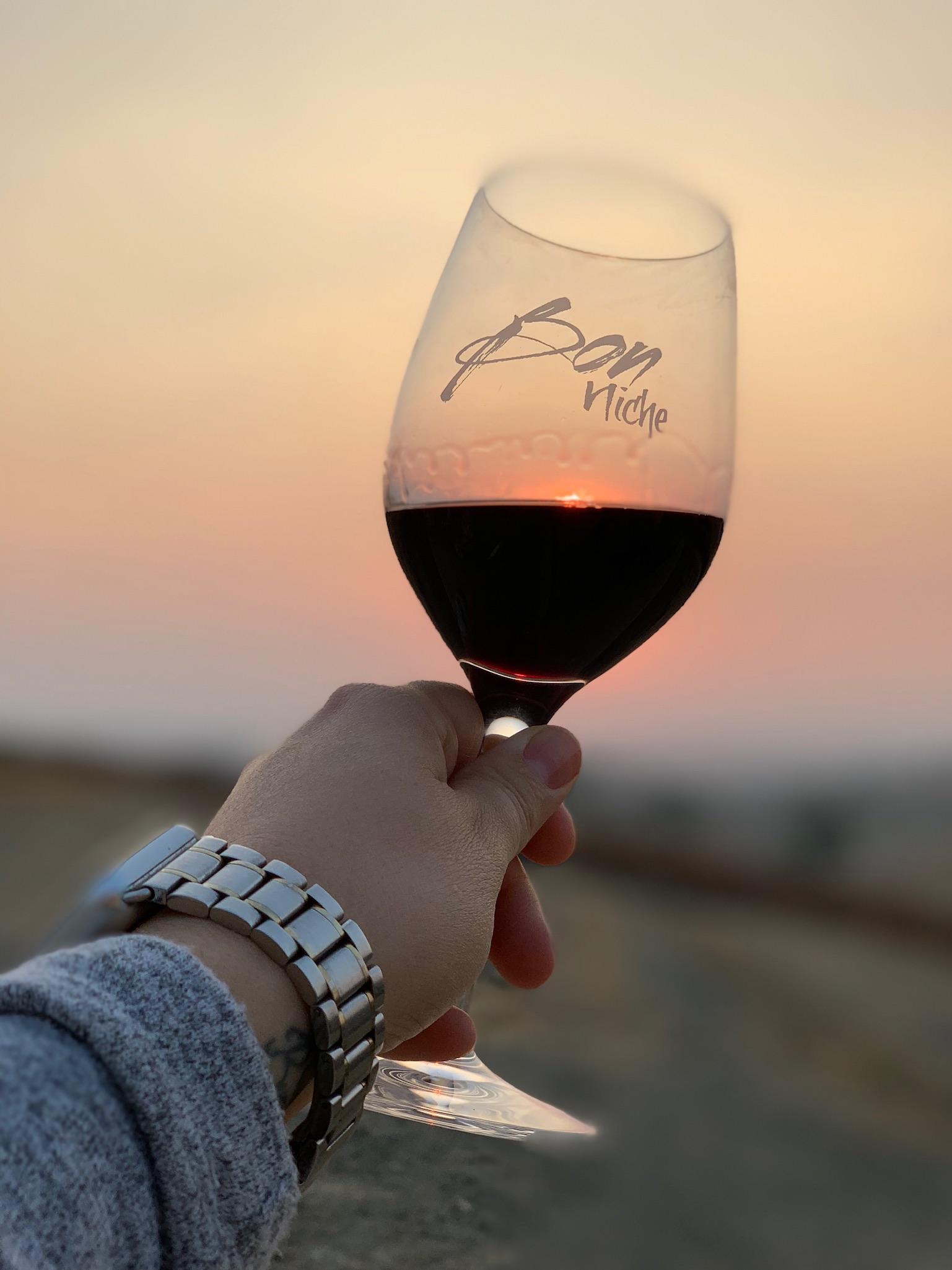 Bon Niche Wine Glass bottle